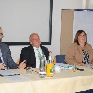 Diskussion Podium Dialog